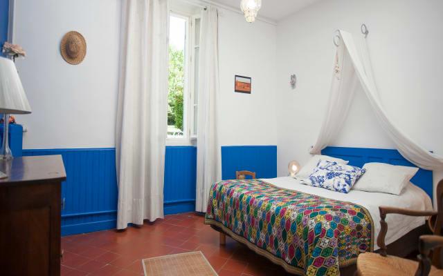 Bed and breakfast between Aix-en-Provence / Marseille, near Décathlon