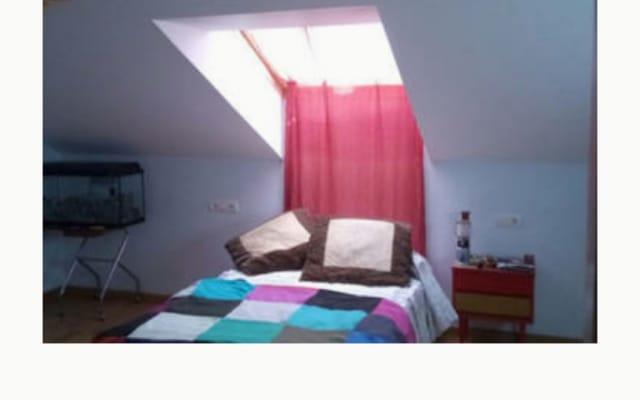 Camera in affitto, letto di 1,20