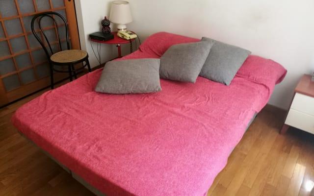 Chambre confortable à Rome