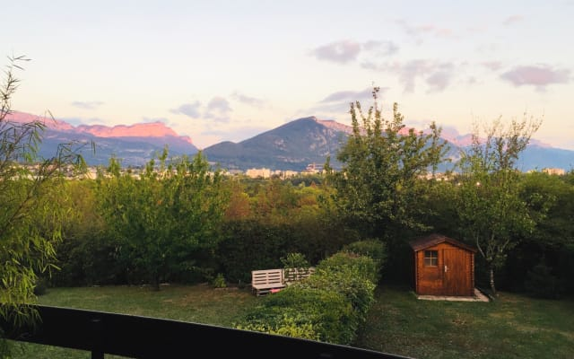 Quiet duplex 5 minutes from the center of Annecy by car