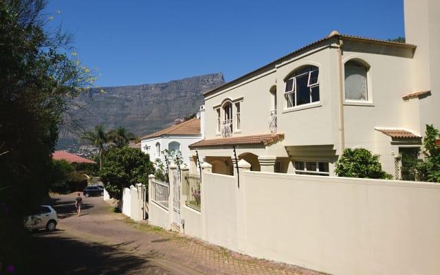 Casa na Vila gay de propriedade de montanha, Suite Privada 2