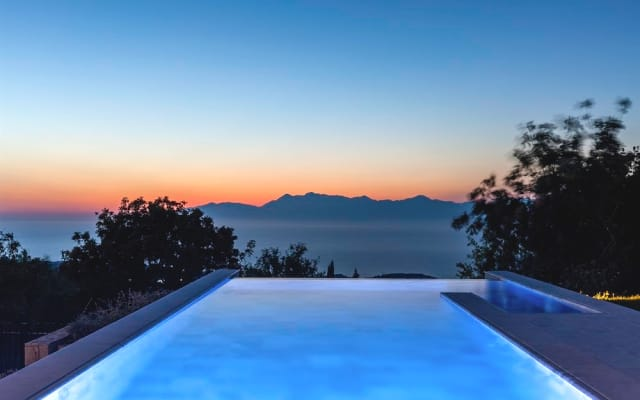 LUXURY VILLA WITH AMAZING VIEW AT CORFU GREEK ISLAND