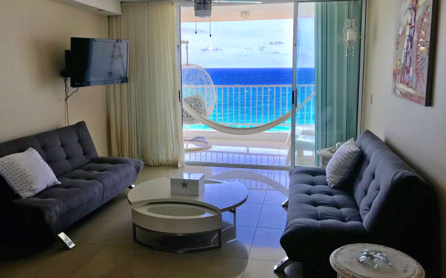 OCEAN VIEW GORGEOUS ENTIRE ONE BEDROOM APT In LUQUILLO P.R. AMAZING🎉