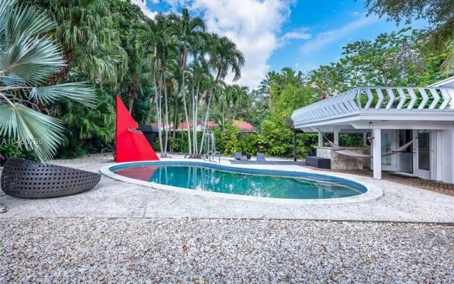 Sala do paraíso em coqueiral