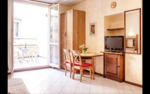 Il Pontile apartment on Como Lake