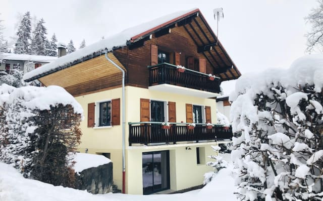 Shared - Unique Renovated Chalet with Jacuzzi and Sauna near Chamonix