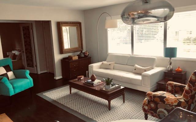 Confortável quarto em uma aconchegante casa de dois quartos no norte...