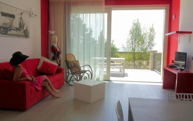Residence Virgilio - Appartamento Red - Primo Piano Vista Lago
