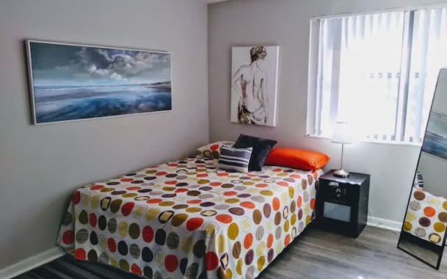 PRIVATE BEDROOM I WITH POOL & 24 HRS GYM