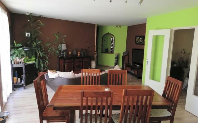 Apartamento Zen com Terraço e Piscina Coberta
