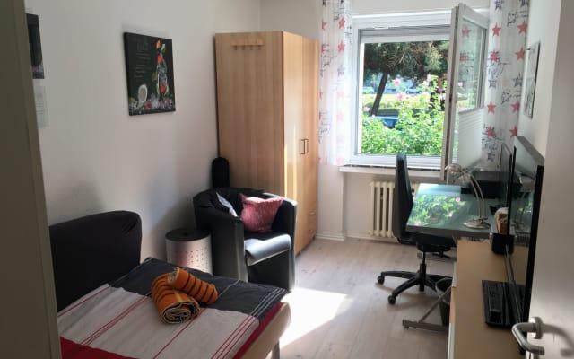 Quarto individual acolhedor e confortável (11 m²) em uma área...