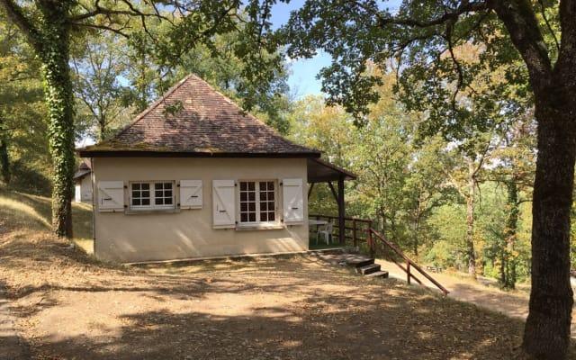 Maison T3 en forêt (Piscine en saison)