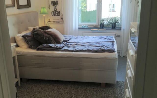 Chambre spacieuse dans un bel appartement très bien situé