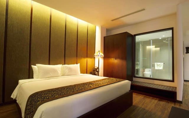 Dong Duong Hotel & Suites- Quarto Duplo Deluxe