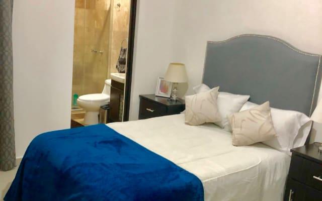 Chambre confortable proche du centre ville, salle de bain privée.