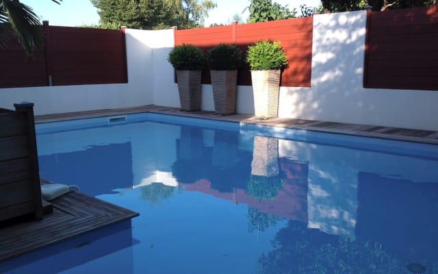 Villa 1950 classée 4* meublé de tourisme avec PISCINE PRIVEE CHAUFFEE