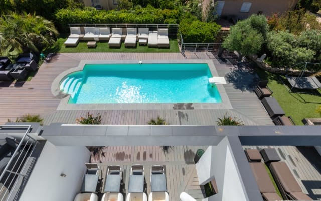 VILLA LOUANCELIE HOUSE & GUEST HOUSE IN CAVALAIRE 900M FROM THE SEA