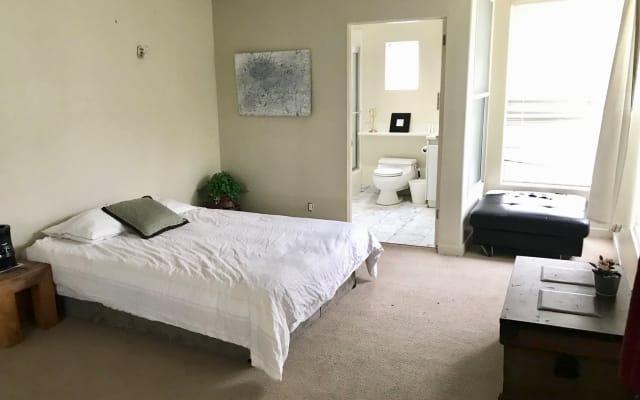1 quarto w banheiro na mansão Beverly Hills 90210