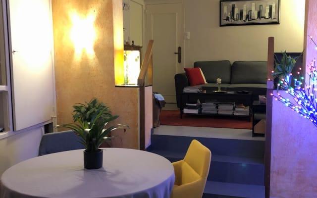 Camera in una casa tranquilla a Troyes