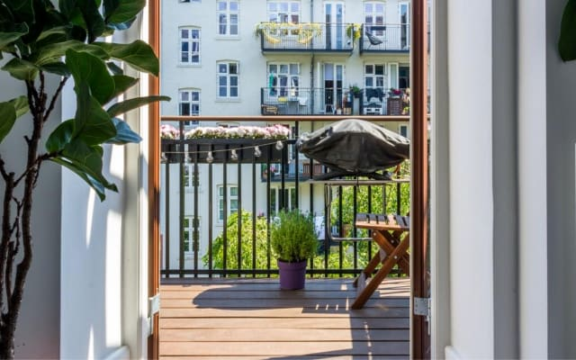 Stunning Apartment in Trendy Vesterbro With Balcony