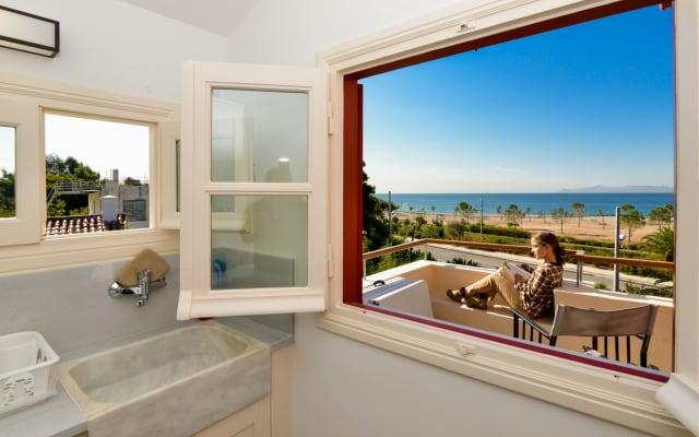Beach apartment Panoramic Sea & Sunset view