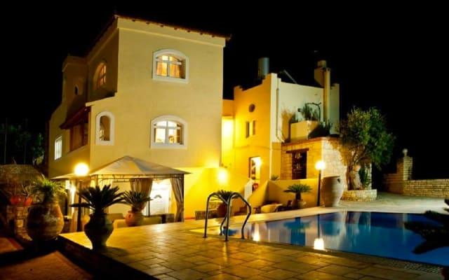 Villa Thymarmi with private swimming pool