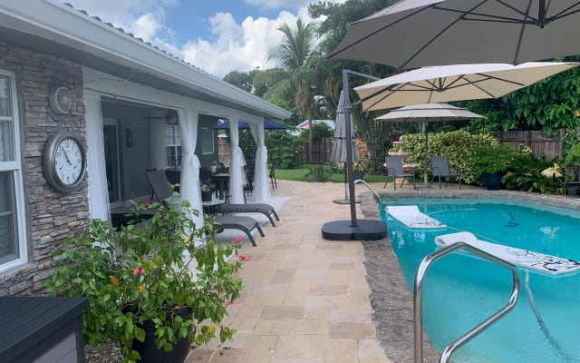 Wilton Manors Oasis (King bed) 10 minute walk to Wilton Drive