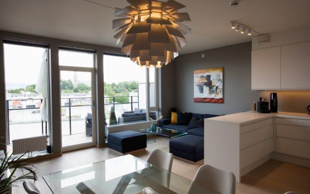 Super zentrale, moderne Wohnung - Privatzimmer