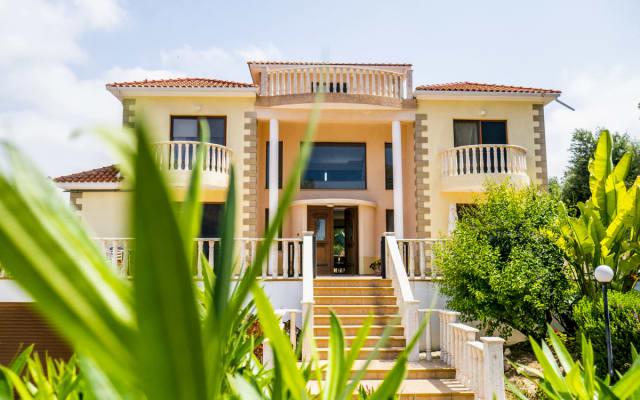 Villa LP - Sea View and Beautiful Garden Landscape Villa