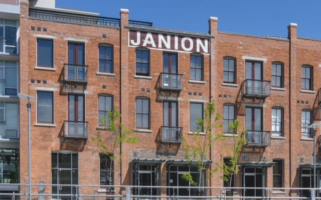 The Janion Vacation Rental in the heart of Victoria