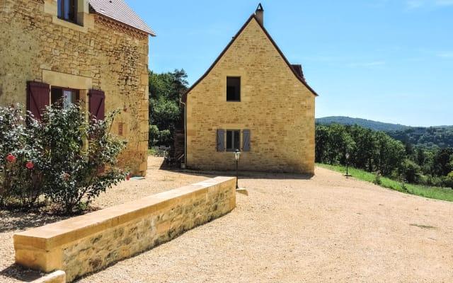 Domaine de Fleurie Chateau Vue (CH1)