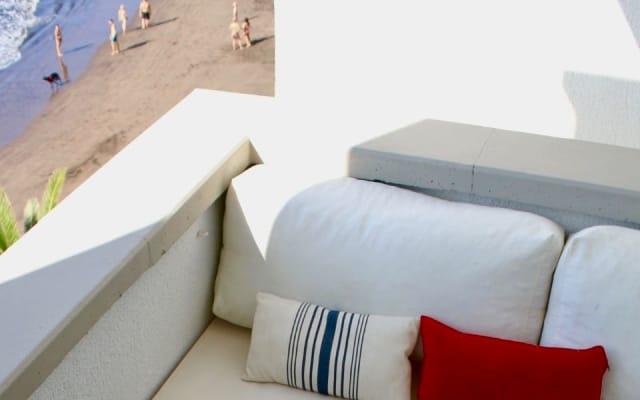 Modernist Design Apartment on Playa Chica