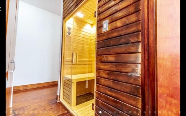 Chambre Dans Entièrement meublé 3 chambres, 2 salles de bains appartement...