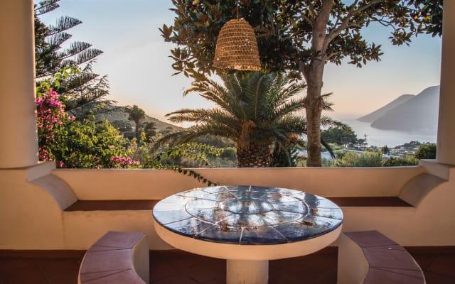 Casa Ornella: tramonti, natura e vista mare