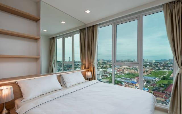 Sea View ★ High Floor Balcony ★ Free WIFI ★ Kitchen | Washing Machine