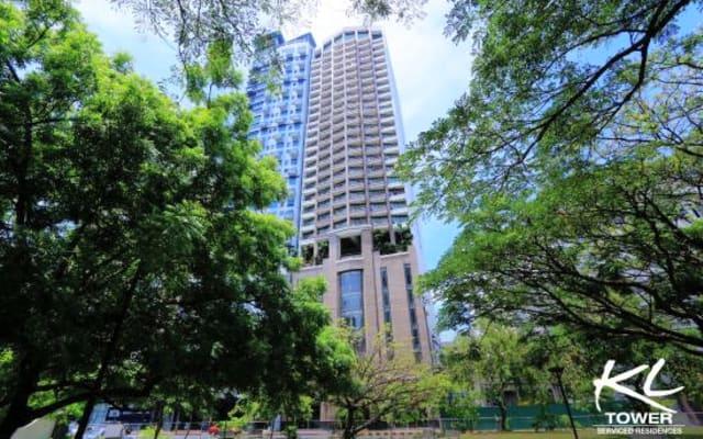 2BR 2TB Loft Type Apartment Beside 2 Great Parks