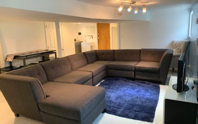 Basement Apartment close to everything!