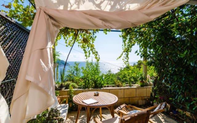 Kiki Apartments - Standard Studio with terrace