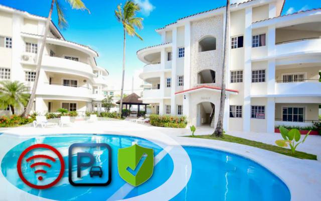 ♛Furnished 2BR Condo - Near Beach w/ Pool, Wi-Fi and Parking