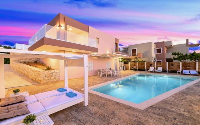 Allas Villa Heated Pool