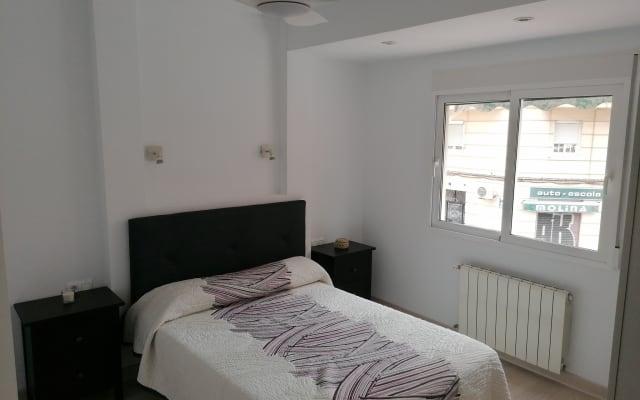 Habitación doble en bonito apartamento