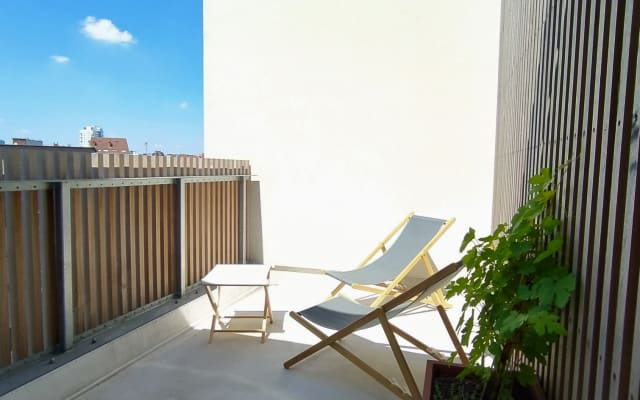 Quiet room with terraces and breathtaking views of the city