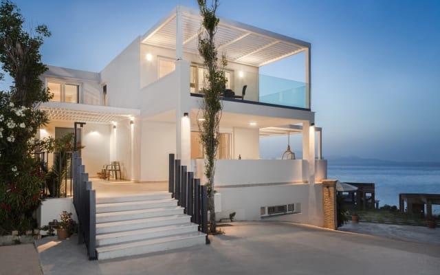 Niki's Villa - Luxury Seaview Villa!