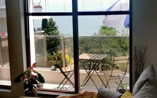 Cozy see view apartment Sarafofo