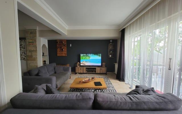Private room in a private villa house