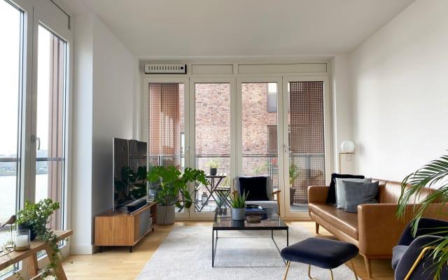 Private room + bathroom in Hafen city, close to Hamburg city center