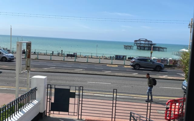 Sea view - 2 double bedroom - entire flat