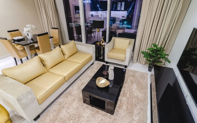 Outstanding view of Dubai canal one bedroom