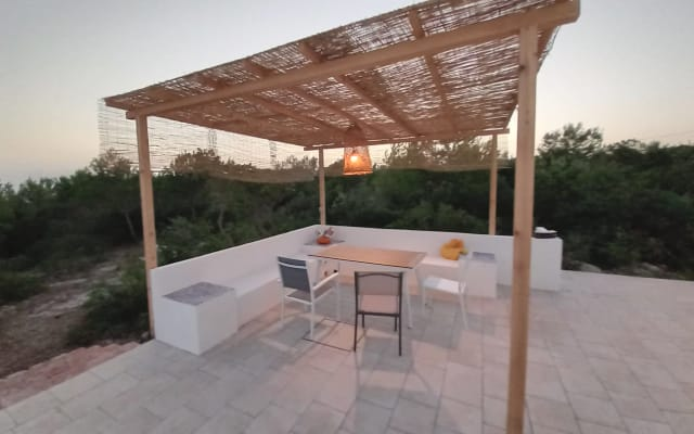 Modern house with terrace, rooftop and sea view. 5 mins from beach