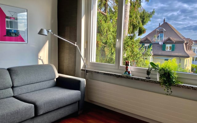Habitación confortable cerco centro ciudad - con azotea larga!